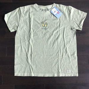 Life Is Good Tops - NWT Life Is Good army green flip flop T-shirt Sz L